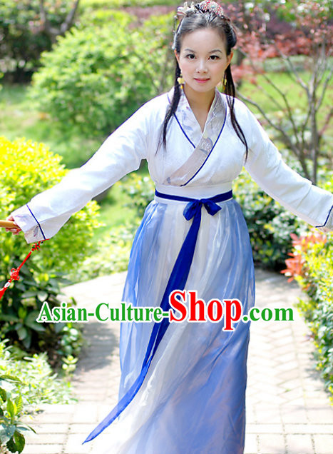 Ancient Chinese Han Dynasty Costumes for Women