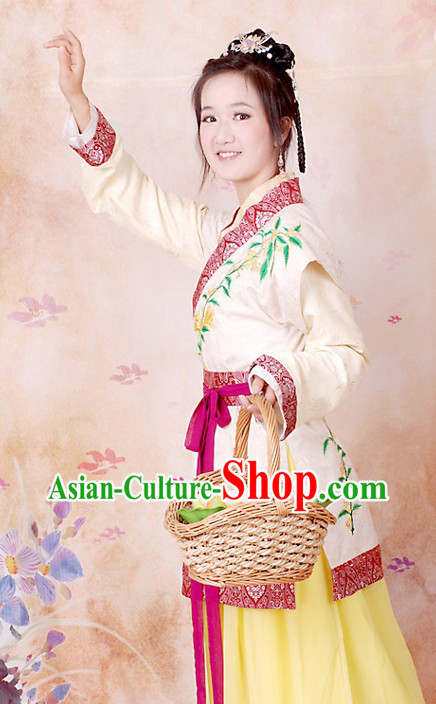 Ancient Chinese Embroidered Flower Costumes for Women