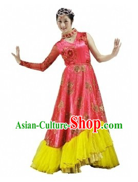 Traditional Chinese Red Dance Costume and Headdress for Women