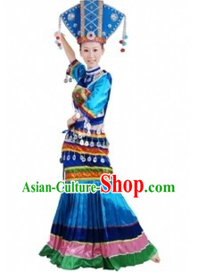 Traditional Chinese Zhuang Tribe Clothes and Headdress for Women