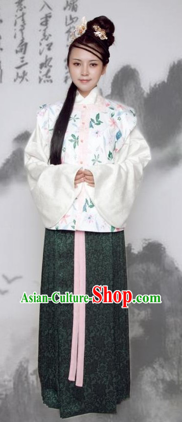 Ancient Chinese Female Clothing