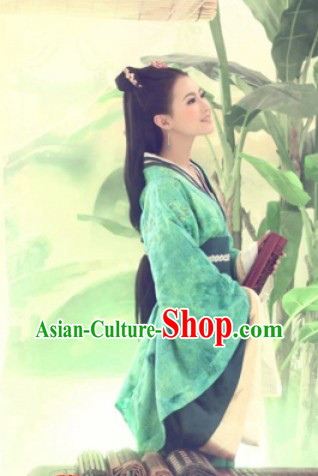 Ancient Chinese Green Han Dynasty Robe for Women