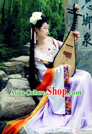 Ancient Chinese Tang Dynasty Clothes Set and Hair Accessories for Women