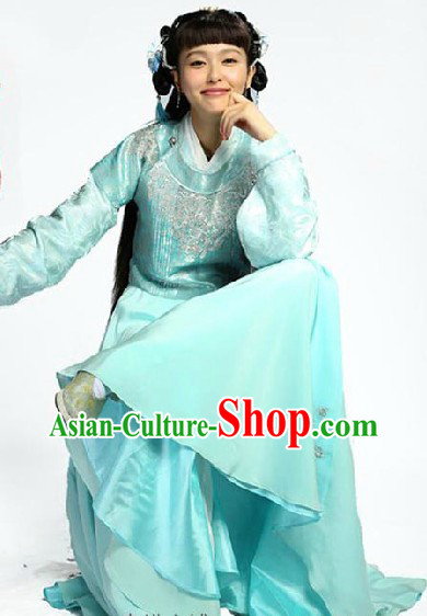 China Ming Dynasty Light Blue Female Clothing