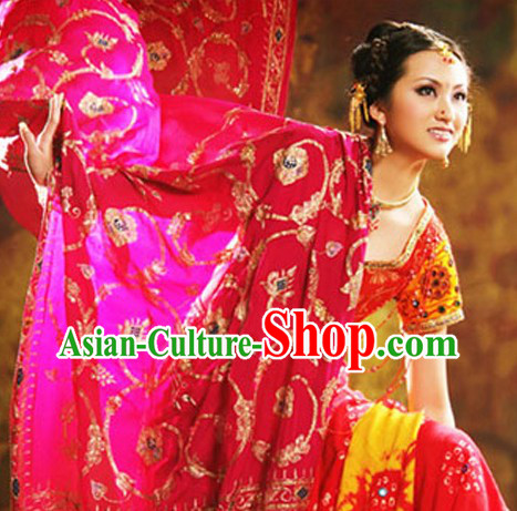 Traditional Aisan Indian Brides Clothing Complete Set