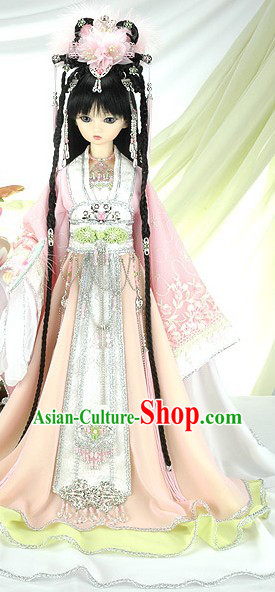 Traditional Chinese Cosplay Costumes and Headpieces
