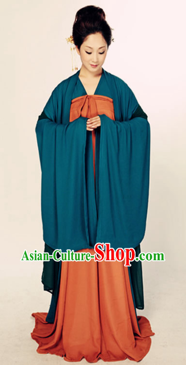 Ancient Chinese Civilian Costumes for Women