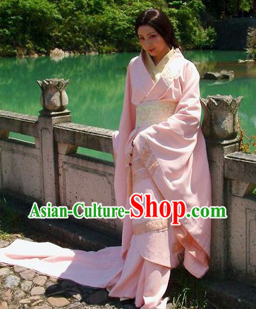 Ancient Chinese Han Dynasty Empress Beauty Outfit with Long Trail