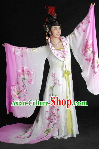 Traditional Chinese Tang Dynasty Embroidered Lotus Empress Clothing and Wig