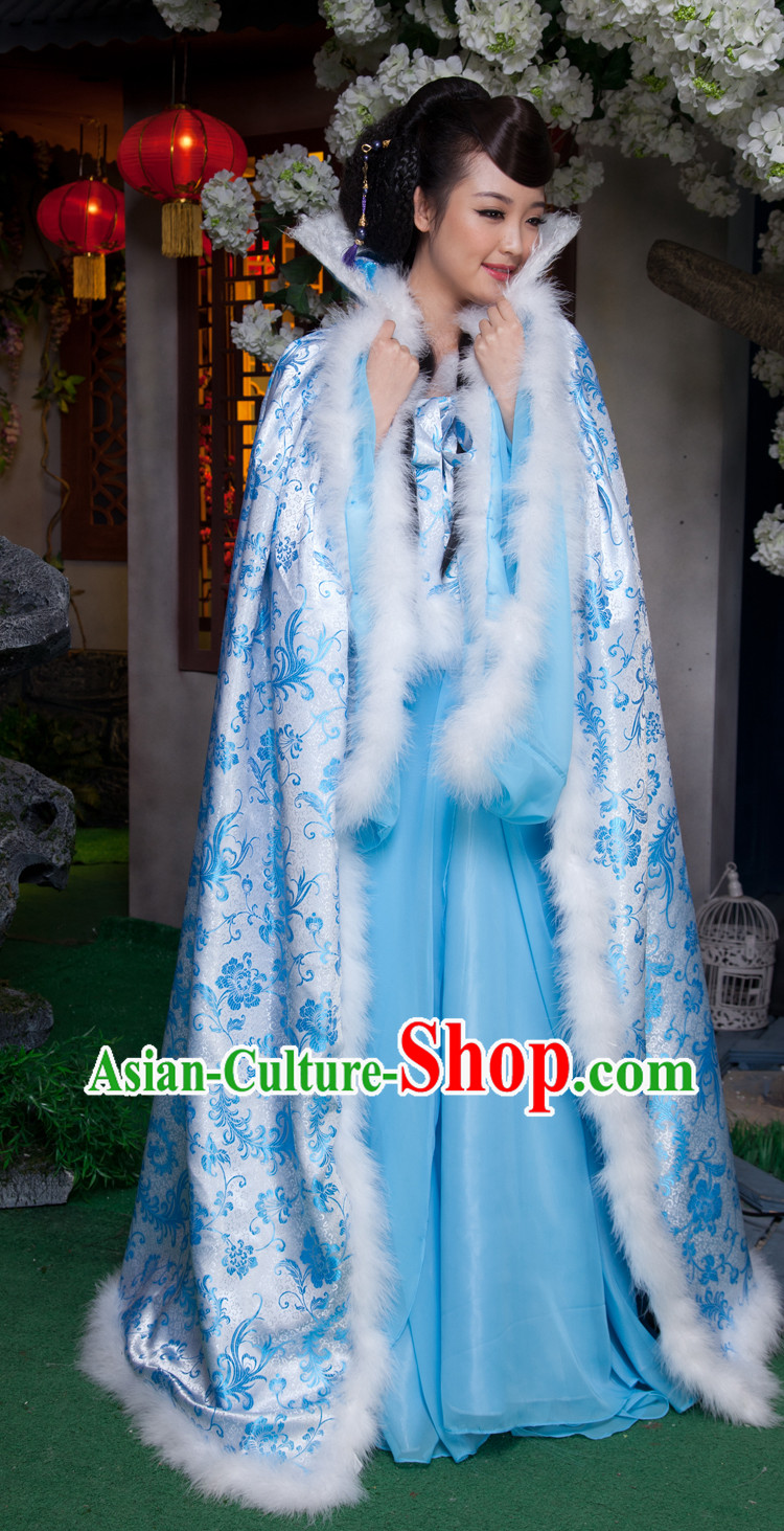 Blue Traditional Ancient Chinese Phoenix Tail Cape and Clothes for Women