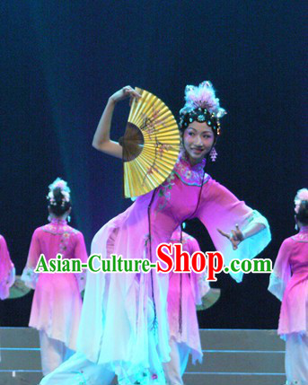 The Peach Blossom Fan Dance Costumes and Headpieces for Women