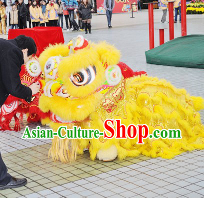 Yello Wool Fut San Competition and Parade Lion Dance Costume Complete Set