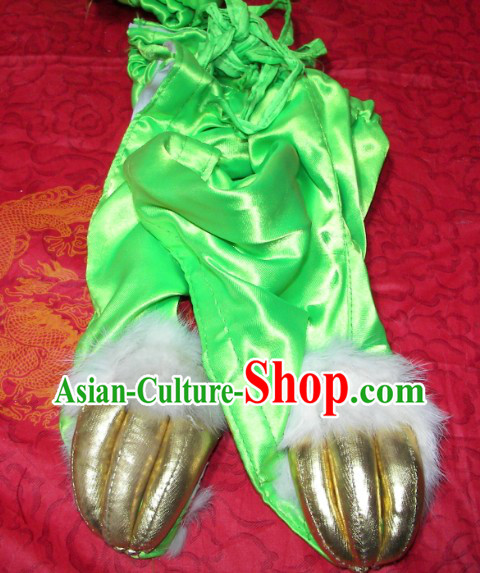 Light Green Lion Dance Claws for Professional Performance and Competition