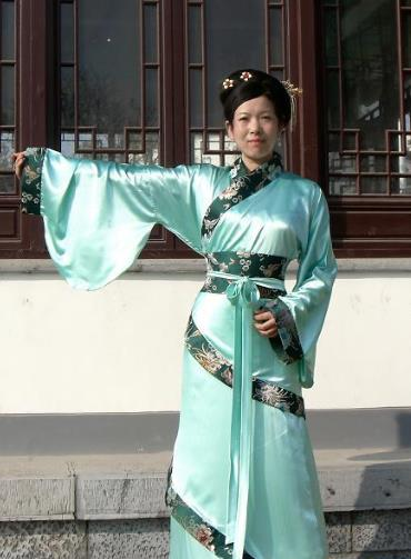 Ancient Chinese Princess Outfit and Umbrella Complete Set
