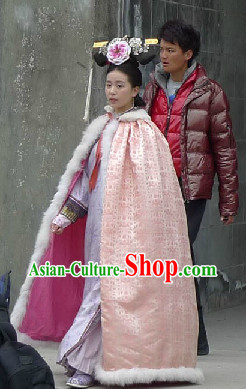 Qing Dynasty Winter Snow Cloak Mantle for Women