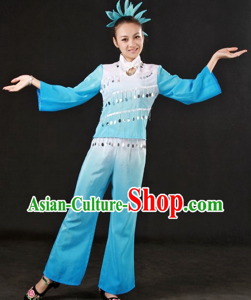 Traditional Chinese Clothes and Headwear for Women