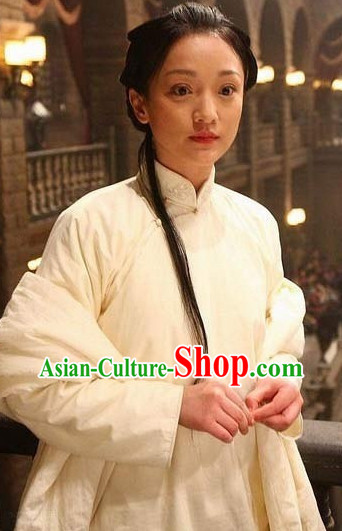 True Legend White Mandarin Collar Blouse and Pants for Women