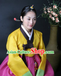 Traditional Hanbok Clothing for Women