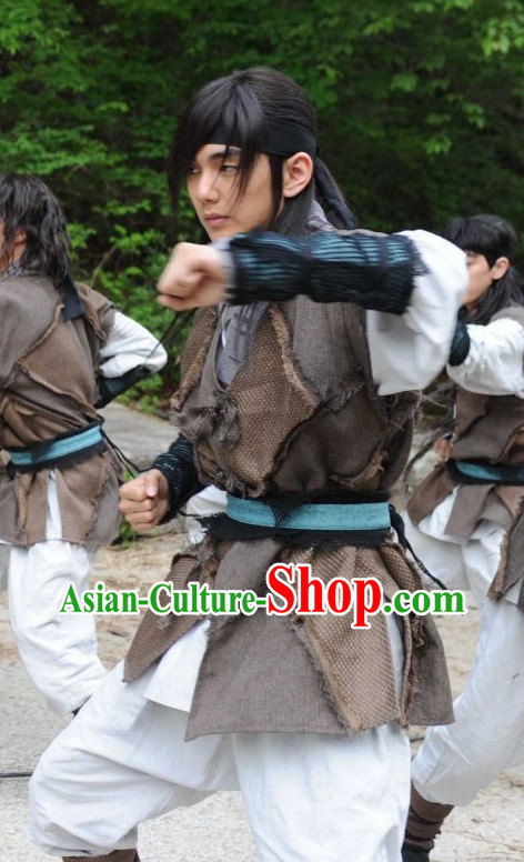 Ancient Korean Warrior Costumes and Headwear for Men