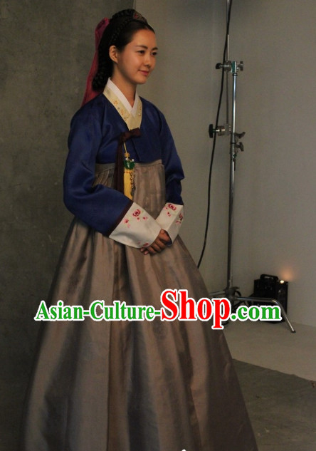 Korean Traditional Hanbok Clothes for Woman