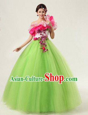 Traditional Modern Dance Costumes and Headwear for Girls