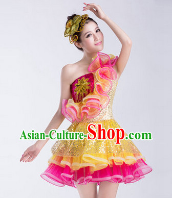 Enchanting Effect Folk Dance Costumes and Headwear Complete Set for Women 3