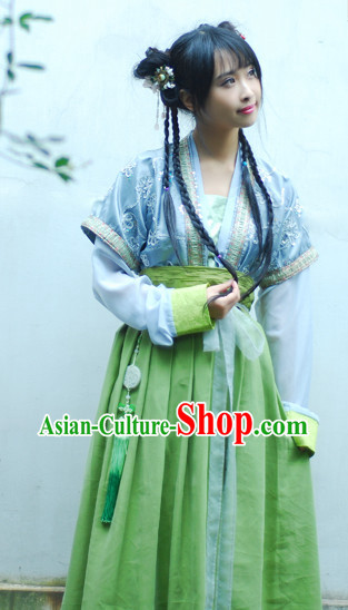 Han Dynasty Traditional Attire for Girls