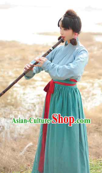 Han Dynasty Clothes for Women