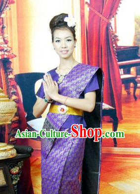 Burma Traditional Outfit for Women