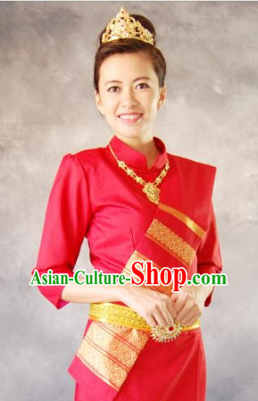 Traditional Thailand Outfit for Women 1