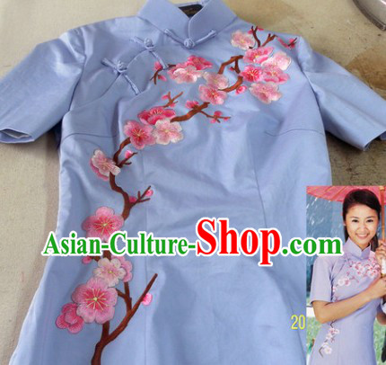 Chinese Classical Blue Cotton Embroidered Flower Long Qipao