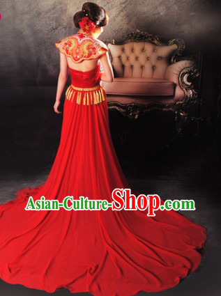 Traditional Chinese Red Embroidered Royal Shoulder Evening Dress