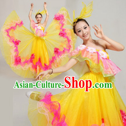 Chinese Festival Parade Dance Costumes and Headwear Complete Set for Women