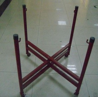 Traditional Natural Wood Drum Stand
