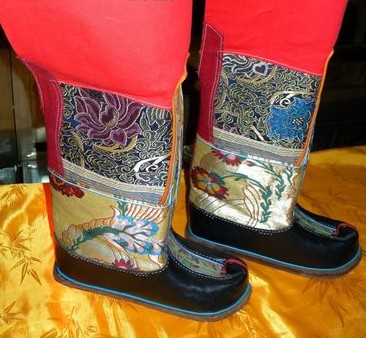 Traditional Chinese Tibetan Boots for Men