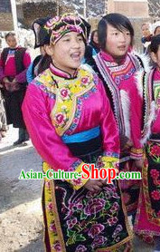 Traditional Chinese Qiang Ethnic Dancing Costumes and Hat Complete Set
