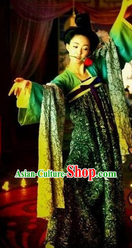 Tang Dynasty High Waist Clothes and Wig