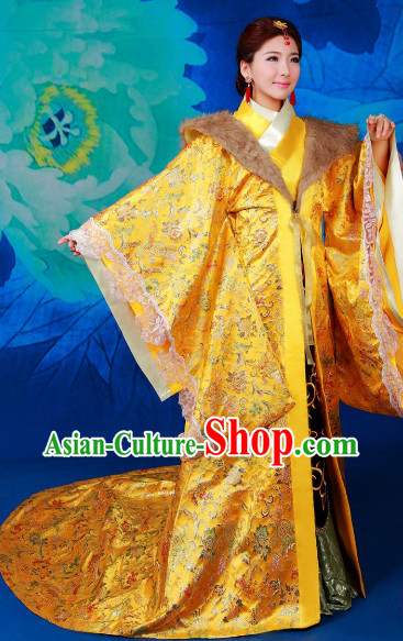 Chinese Imperial Empress Dressing