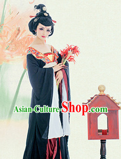 Chinese Classical Black Hanfu Dress with Long Trail