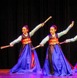 Traditional National Korean Sword Dancing Costumes for Women