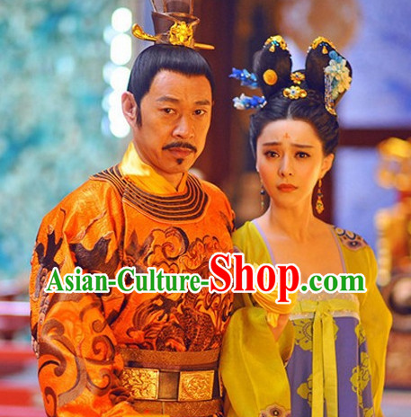 China Tang Dynasty Clothing and Hair Accessories for Women