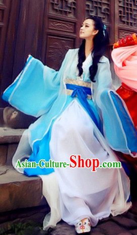 Asian Blue to White Color Change Costumes and Hair Accessories