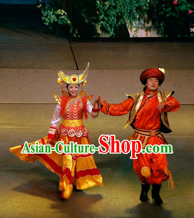 Chinese Yunan Xishuang Banna Dai Ethnic Men and Women's Clothing
