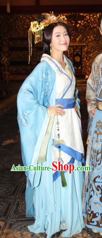 Chinese Traditional Princess Costume and Hair Accessories