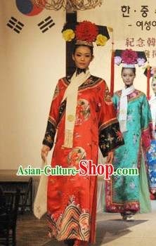 Qing Dynasty Princess Phoenix Robe and Headwear Complete Set