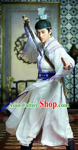 Chinese Swordsmen Cosplay Costumes and Headwear