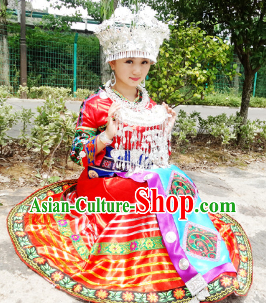 China Miao Tribe Minority Ethnic Dresses and Silver Accessories for Women