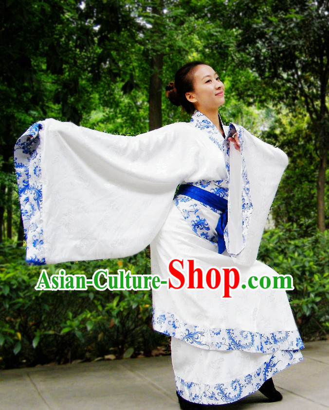 China Classical White Lady Dance Suit with Blue Trim