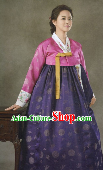 Korean Traditional Ceremonial Clothing for Women