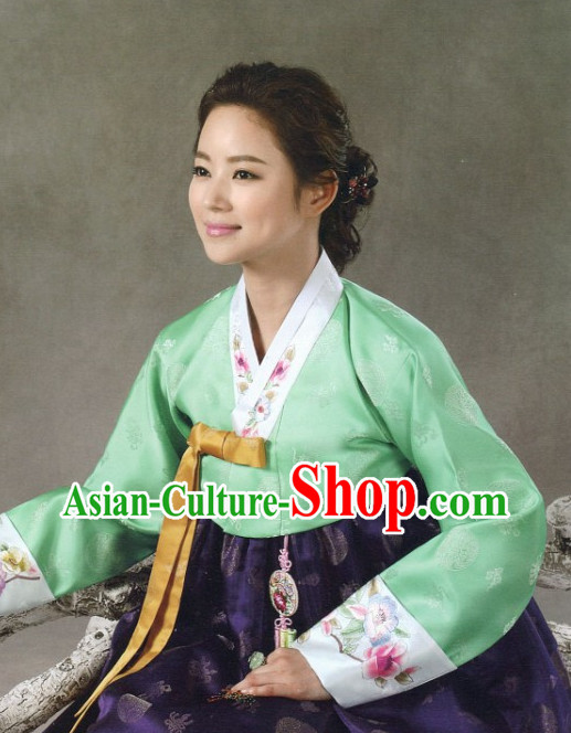 Korean Traditional Ceremonial Clothing for Ladies